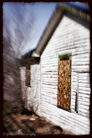 Abandoned house in Ashfork, Arizona. Route 66. Lensbaby