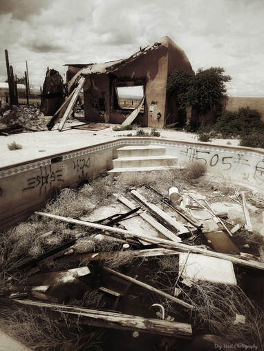 Burned down and abandoned house in Meadow lake, New Mexico